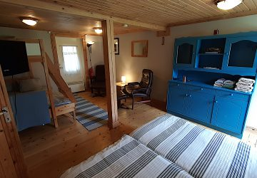 Room 8 - Family Room